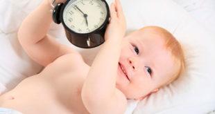 Режим дня ребенка до года