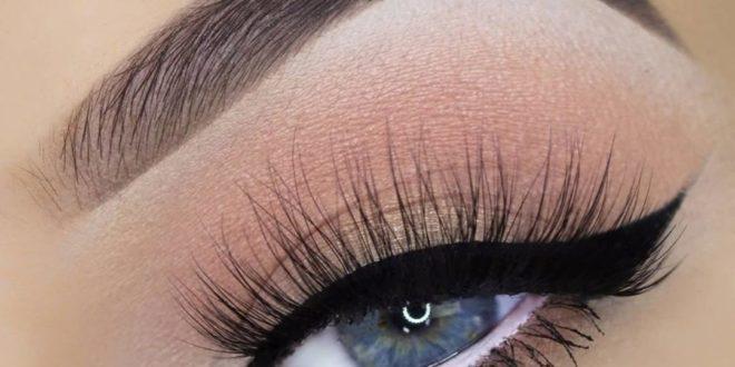Как делать простой красивый макияж дома