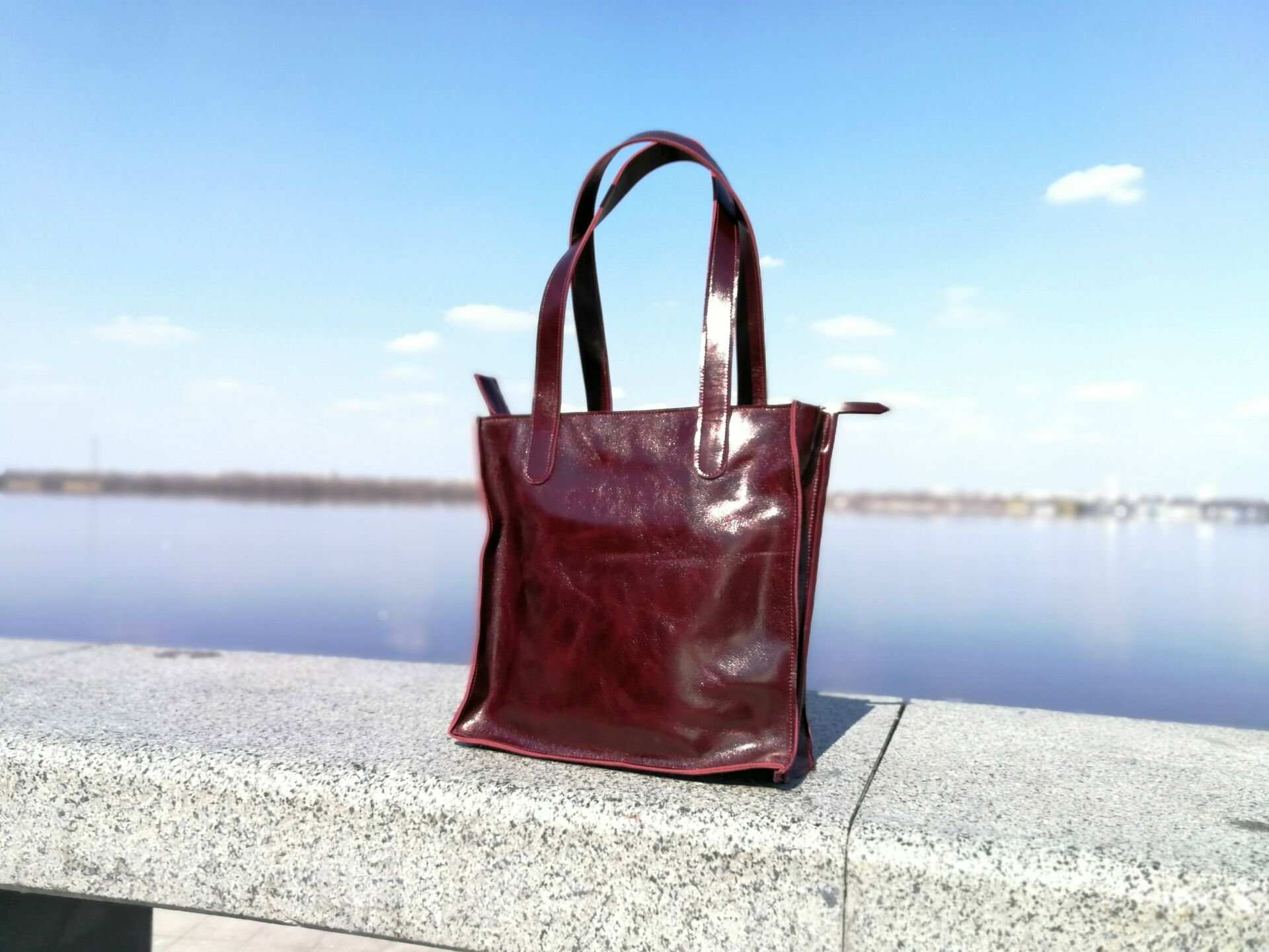 лаковая кожа сумка